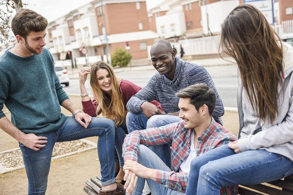 Terapkan Gaya Hidup Bebas, Bahayakah Bagi Remaja?